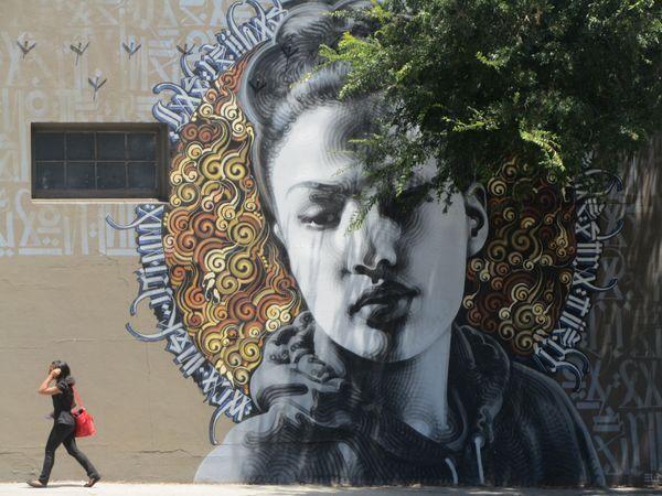 La Reina de Thai Town (2010) by El Mac & Retna (LA)